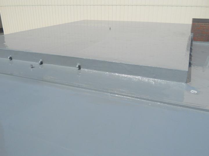 陸屋根の防水工事!夏の紫外線にも耐える屋根にリフォーム!
